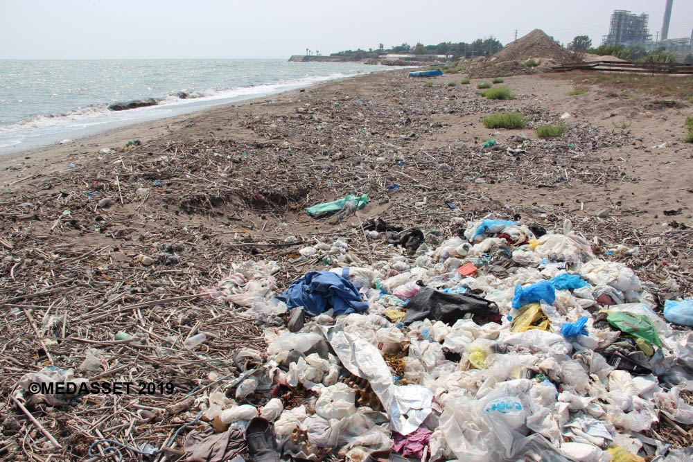 Kazanli (litter on the beach). lower resolution for web©
